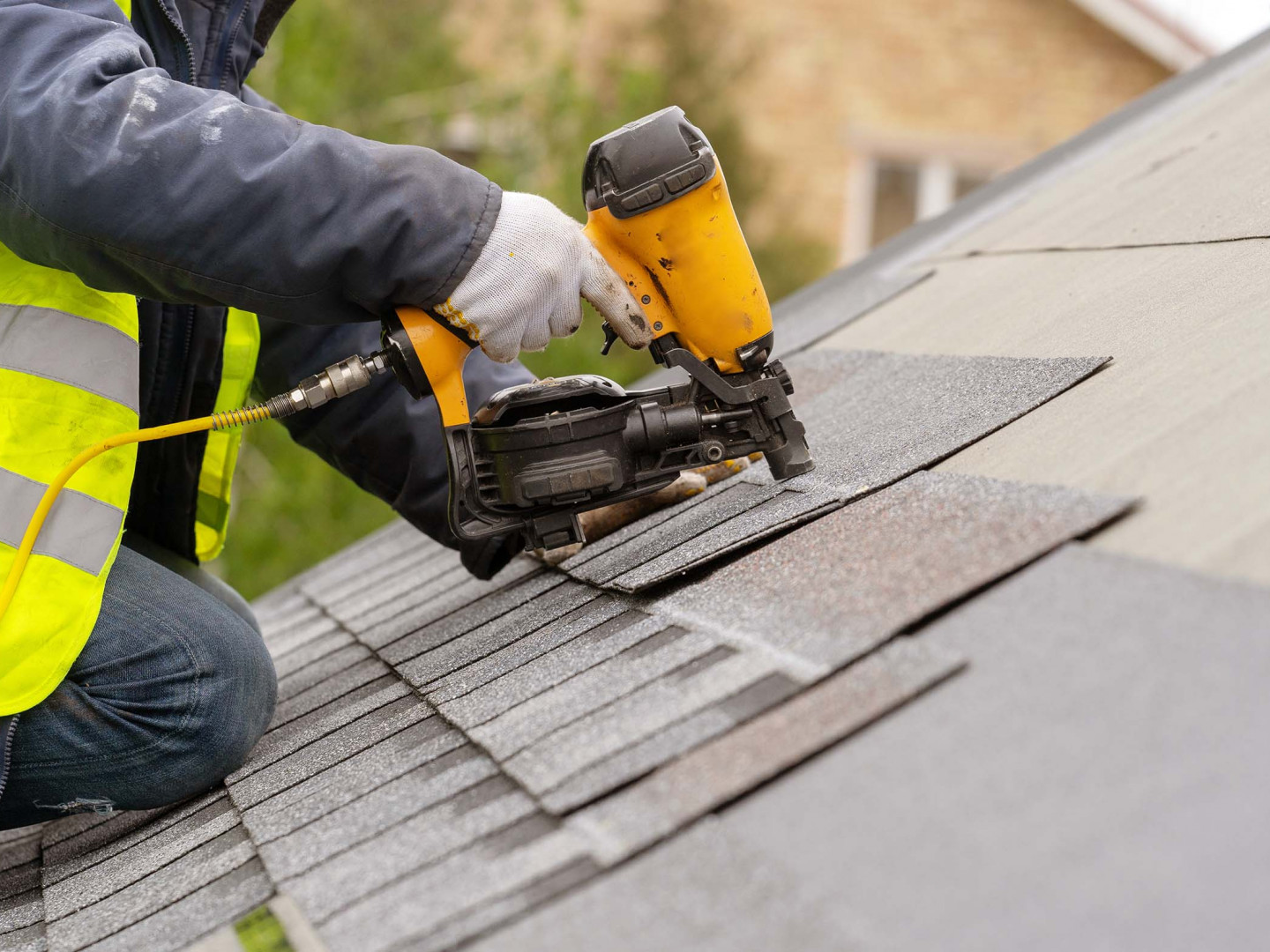 Rely on us for residential and commercial roof installation services